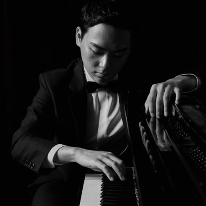 https://www.steinway.com/news/features/changyong-shin-musical-expression