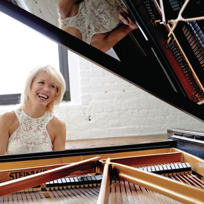 http://www.steinway.com/news/features/soaring-melodies-olga-kern