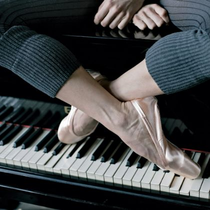 http://www.steinway.com/news/features/ballet-pianists